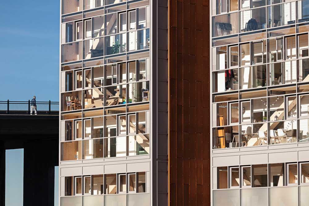 Foto av massivtrebygning