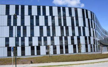 Foto av BIPV-fasade