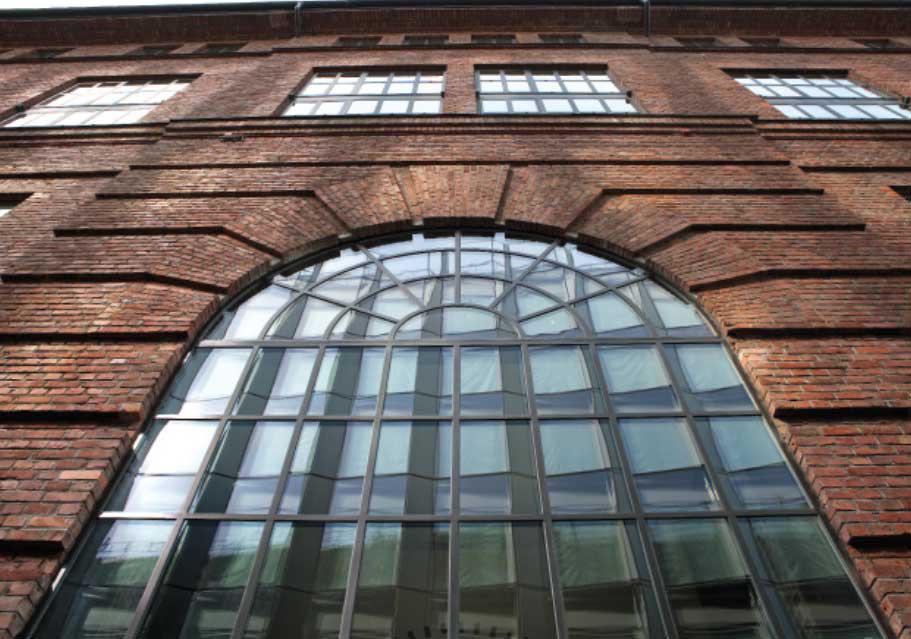 Foto av vindu av stål